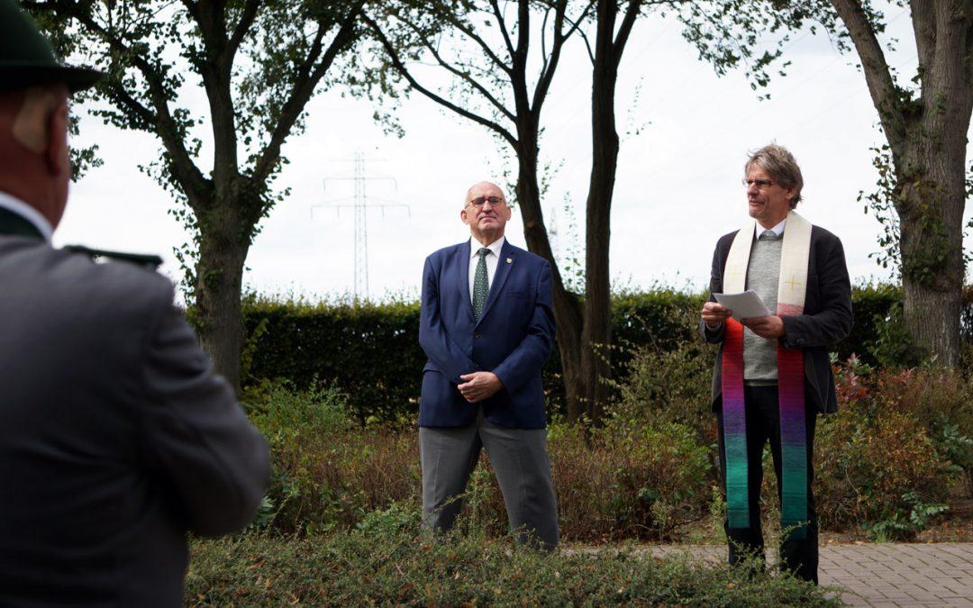 Neue Friedhofsglocke eingeweiht beim Erntefest!